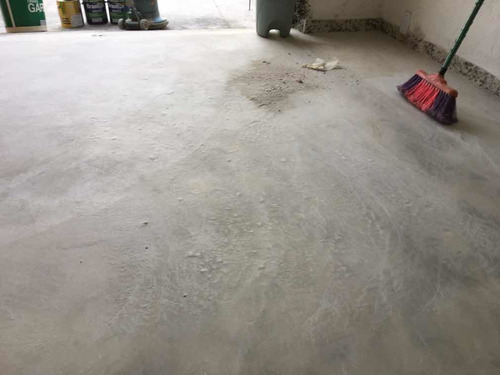 aplicação de revestimento epóxi pisos comercias residenciais