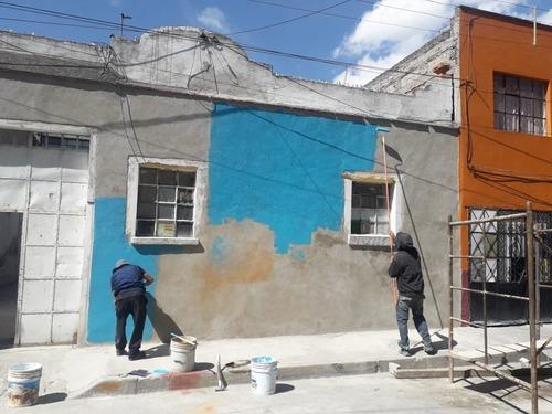 aplicamos pintura vinílica en interiores y exteriores