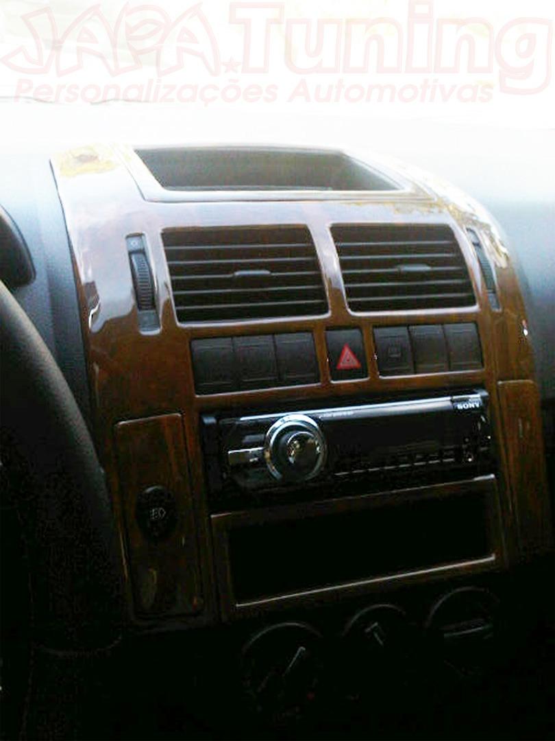 aplique painel madeira polo  sedan hatch painelkit   em mercado livre