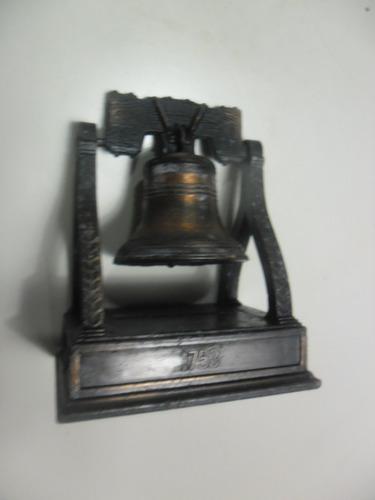 apontador antigo miniatura sino 1753