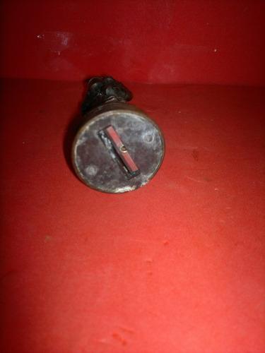apontador de metal antigo (545)