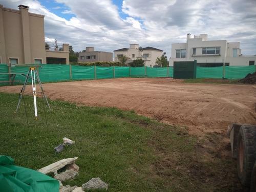 aporte de tosca , movimiento de suelos excavaciónes