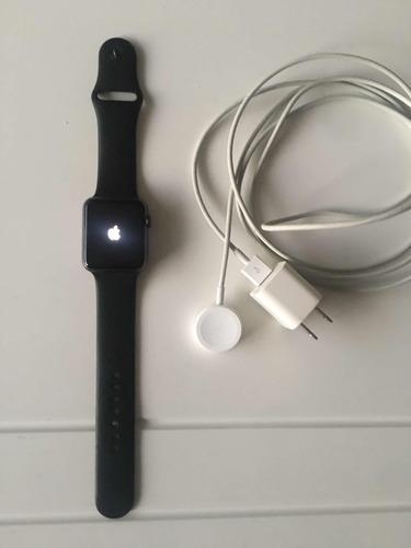 apple watch serie 3  + cargador
