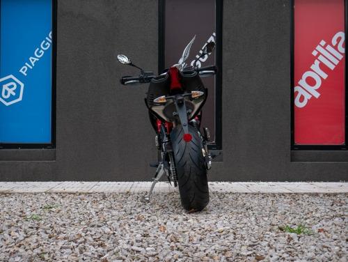 aprilia dorsoduro 900 gris - motoplex san isidro