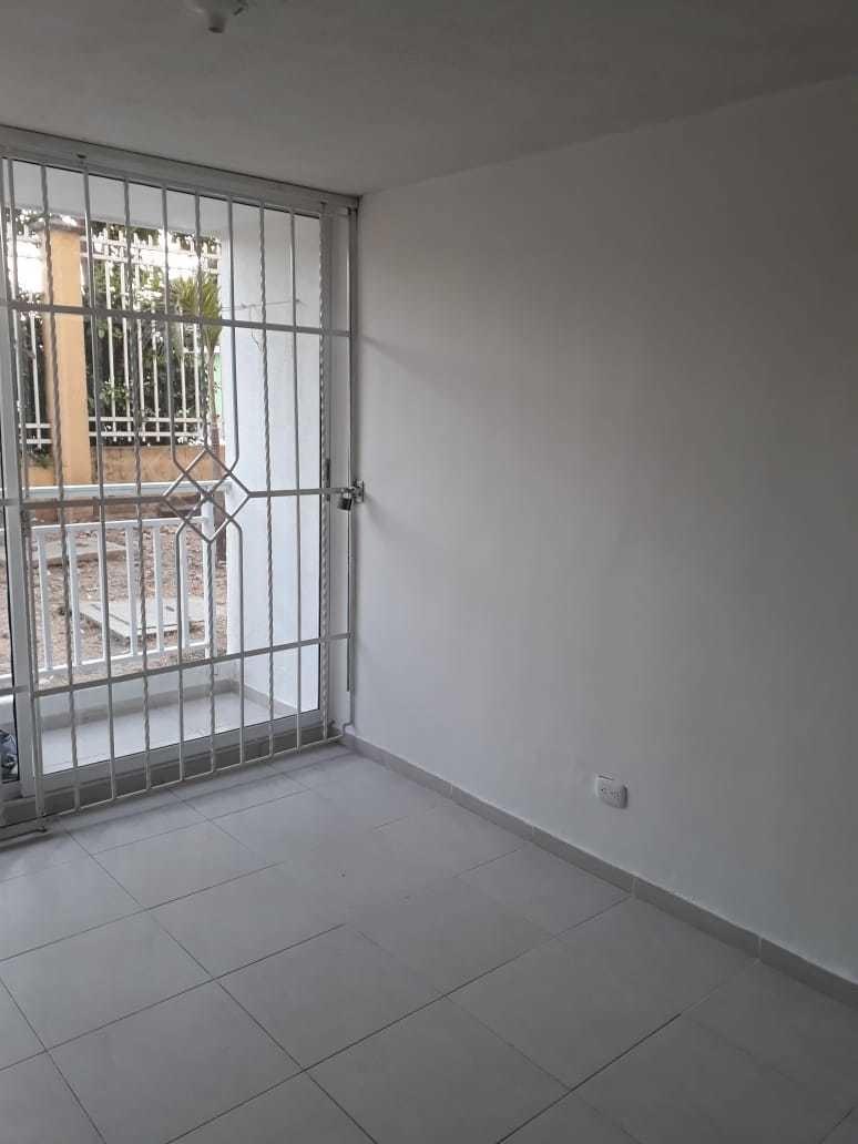 aprtamento 3 habitaciones 2 baños 1 er piso