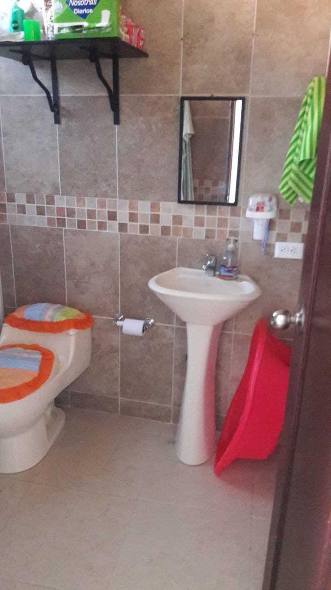 apt 2 piso. 3 alc, 1 baño, 1 cocina, salacomedor y balcon