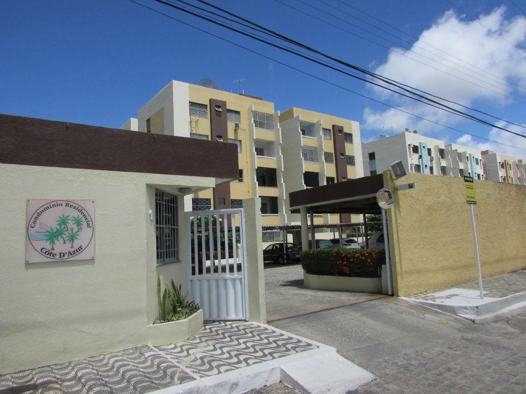 apt no cond cote d azur, bairro luzia, com 80m² - ca403