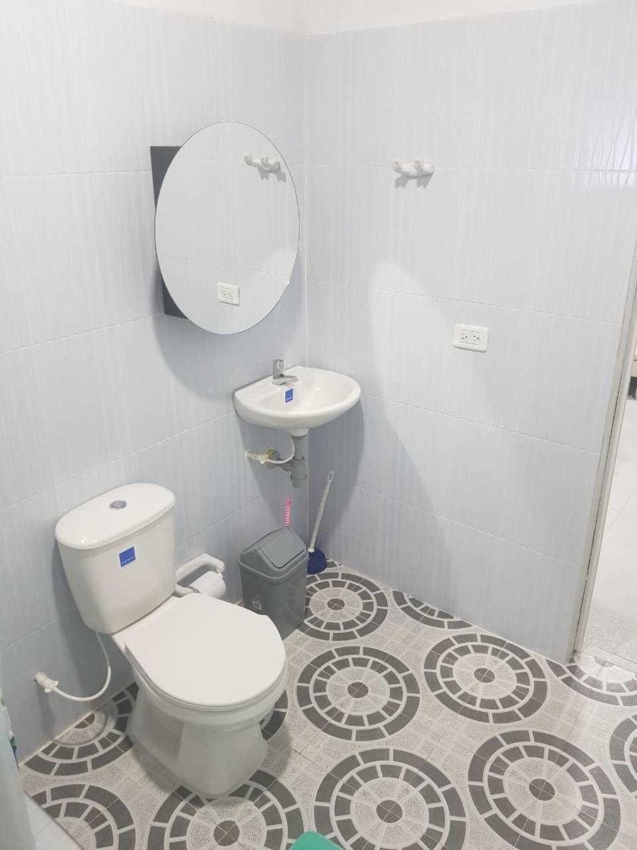 apto 2 habitaciones 1 baño sala comedor y 2 piscinas comunal