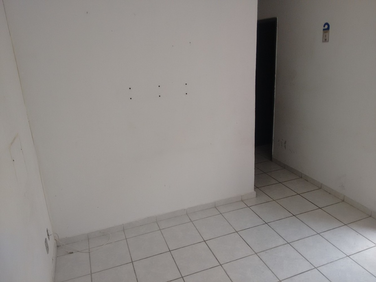 apto 2 qtos, sala,terraço próx praia r$ 72. + prest. r$ 380,
