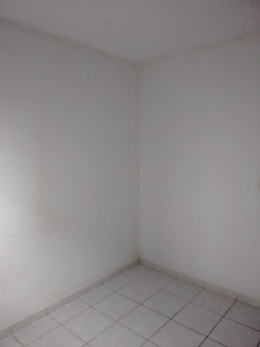 apto 2 qtos, sala,terraço próx praia r$ 75. + prest. r$ 400,