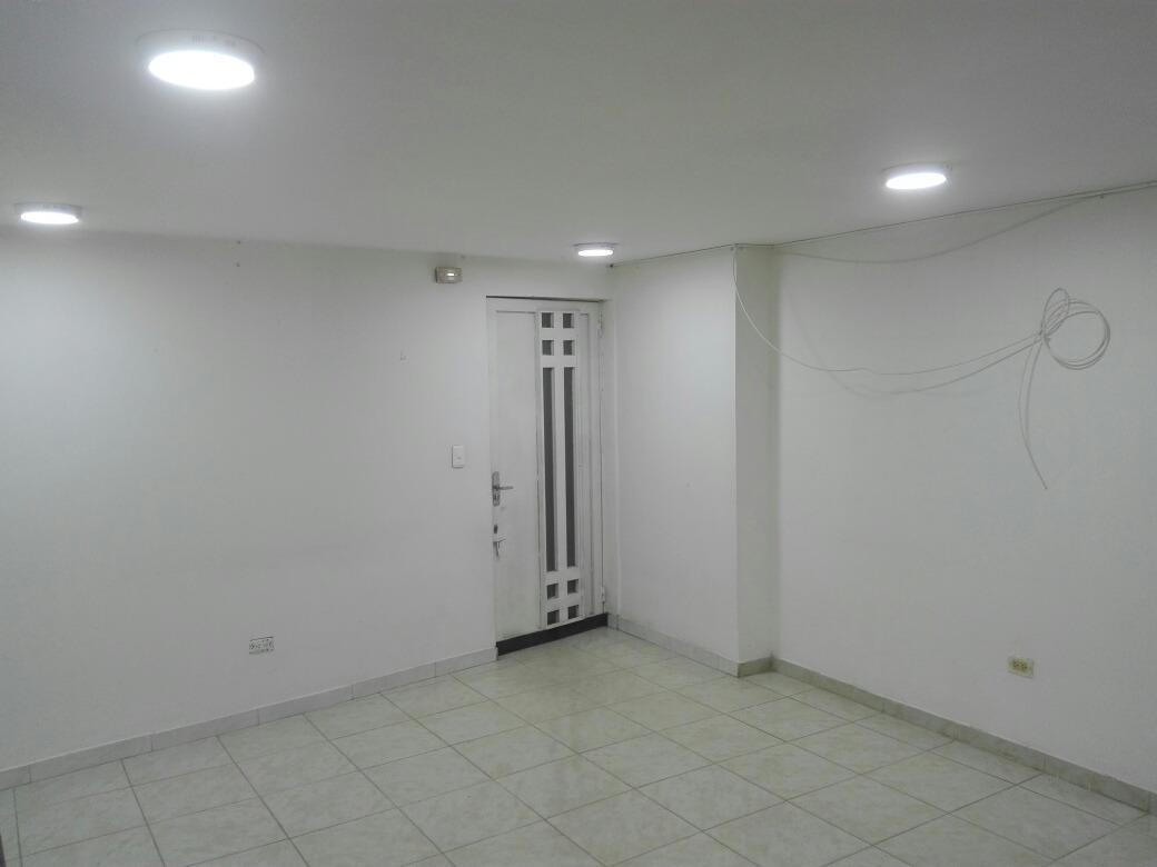 apto 3 alcobas plaza real remodelado amplio sin/con fiador