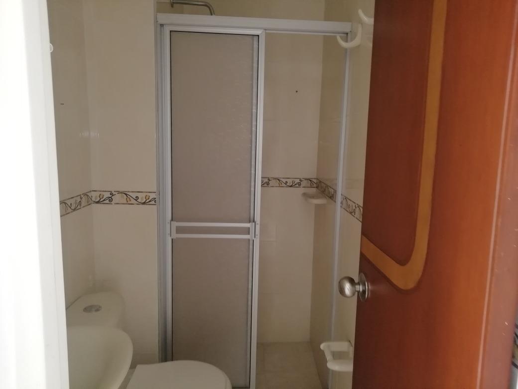apto 3 habitaciones y un baño