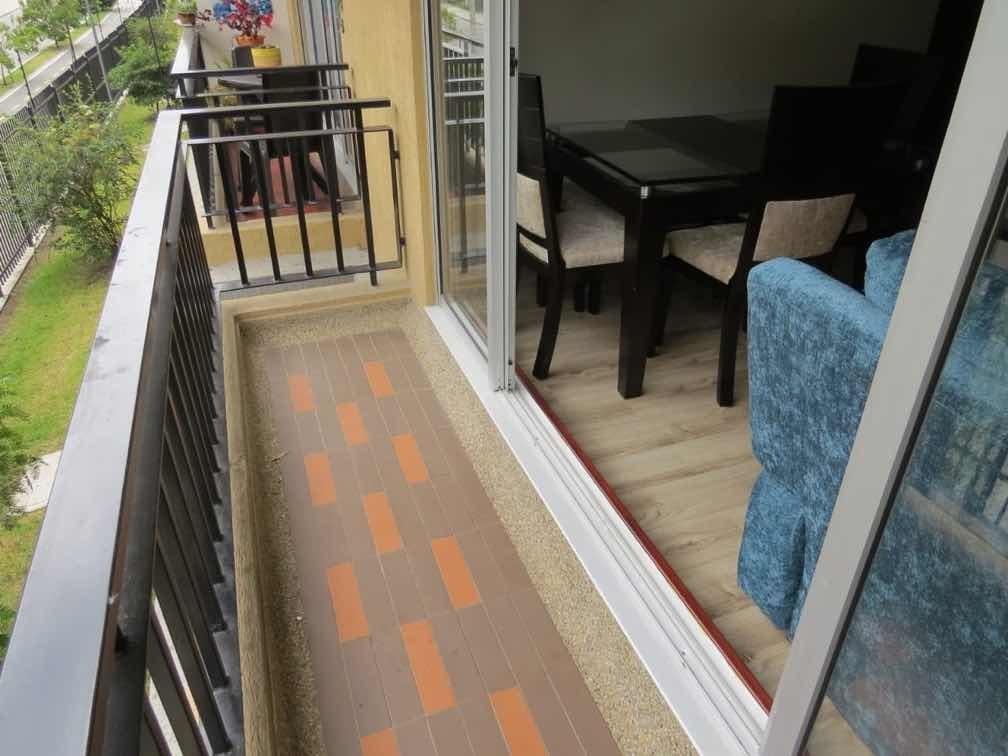 apto 3alcobas 2baños y parqueadero privado en segundo piso
