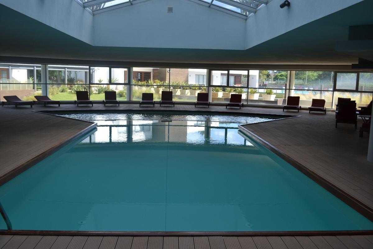 apto 4 personas, piscina climatiz, sauna , canchas tenis