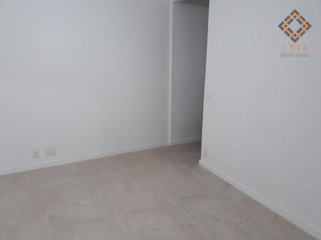 apto 58 m², dois dormitórios, sala, coz. banheiro, área de serv. 1 vaga, r$ 220.000,00 - ap40803