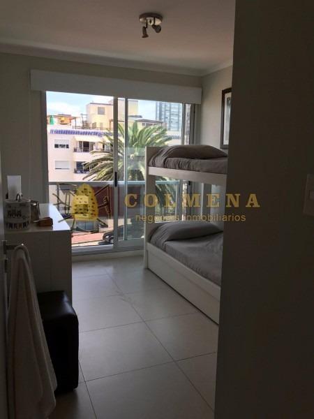 apto cerca de la playa el emir, en muy buena ubicacion, de 3 dor, 3 baños, terraza con churrasquero. muy linda vista. se puede financiar consulte!!!!!- ref: 1933