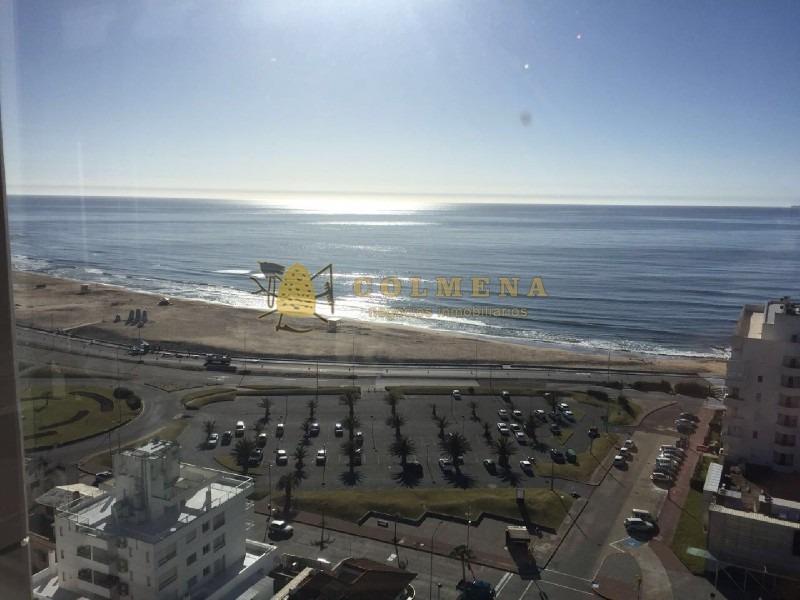 apto con vista a playa mansa y brava en el corazon de la peninsula-ref:17