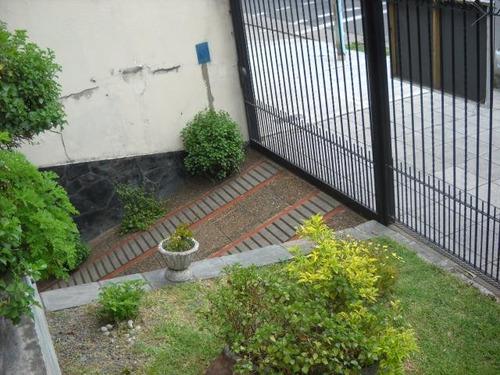apto credito bancario - dueño vende casa 4 amb. + quincho
