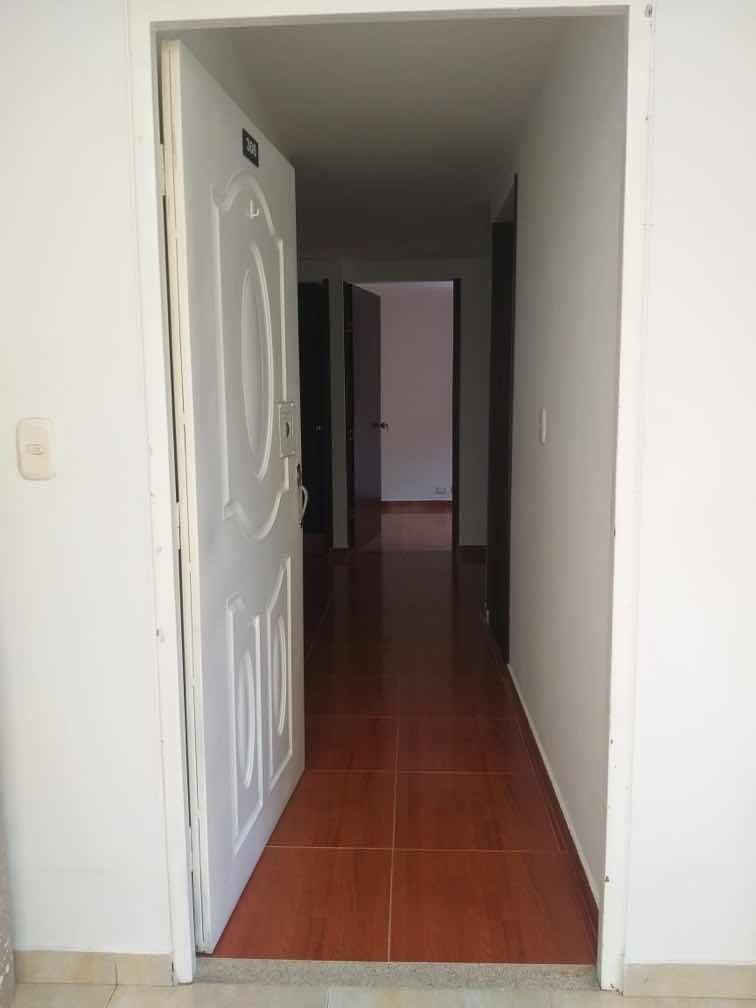 apto de 3 habitaciones 1 baño excelente ubicación negociable