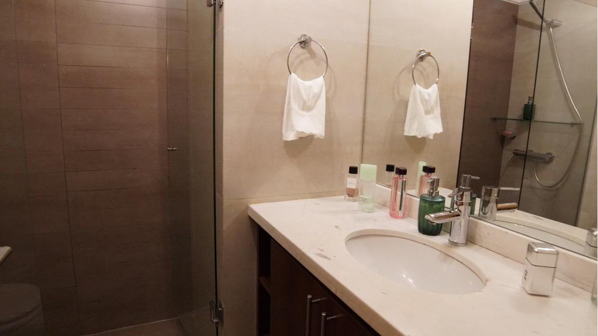 apto en malvin 2 dorm,2 baños, gge, bajos gc - dueño vende