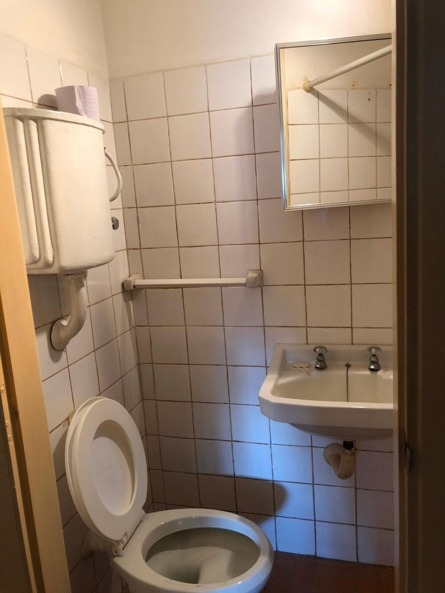 apto. en pocitos 2 dormitorios + 1 de servicio, 2 baños