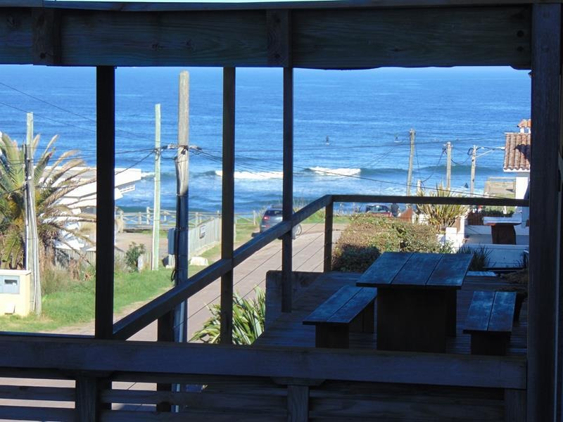 apto en venta a pasos de la playa, la barra.