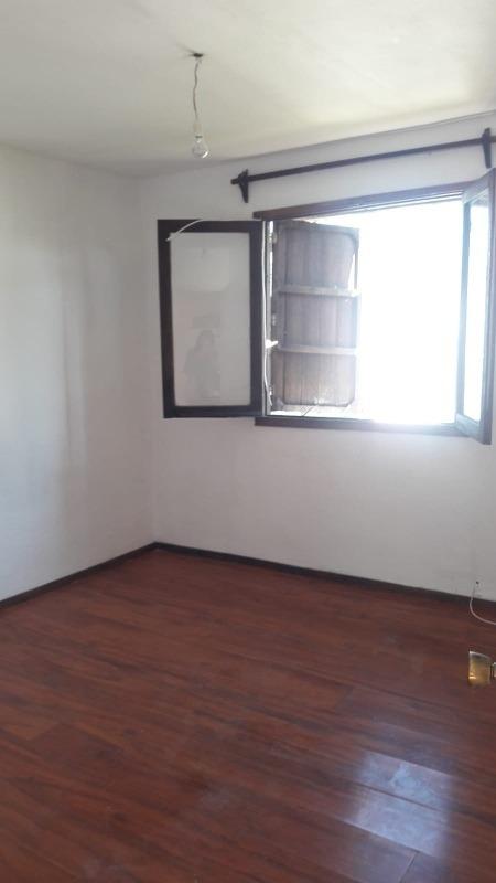 apto por escalera  2 dorm primer piso 13700