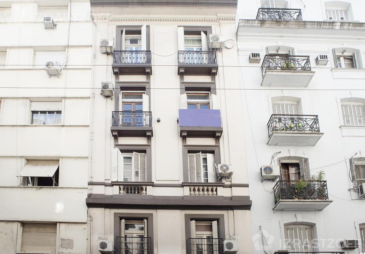 apto profesional en edificio francés