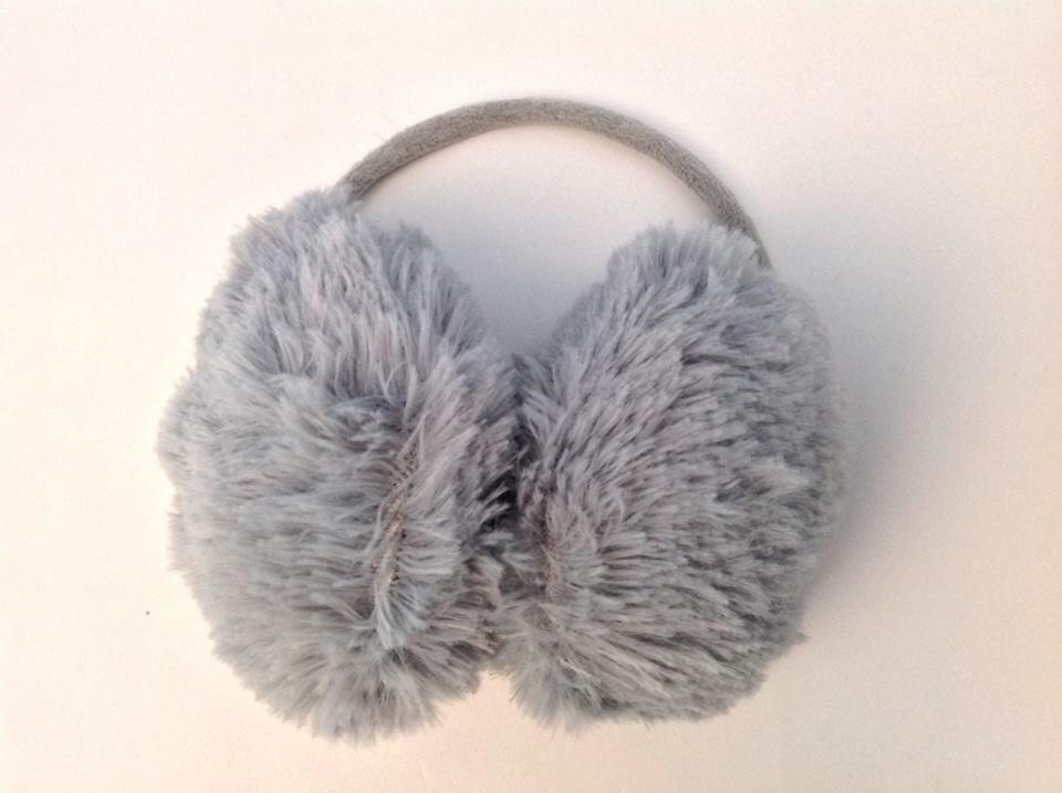 aquecedor protetor de orelha cinza felpudo frio novo luxo. Carregando zoom. c302cc29081