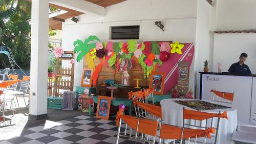 aquiler de piscina y local para celebrar fiestas infantiles