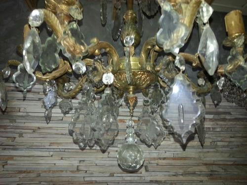 araña antigua  de bronce con caireles 8 luces