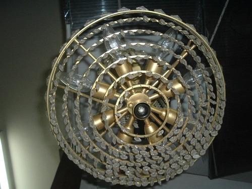 araña de bronce circular