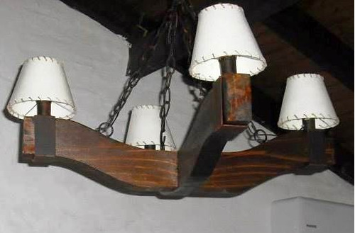 araña en madera e hierro rustico  de 4 luces,oferta!!!