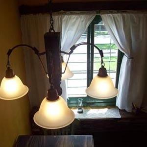 araña en madera hierro y eco - cuero,... iluminación country