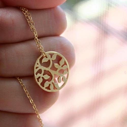 arbol con cadena de chapa de oro 22kilates