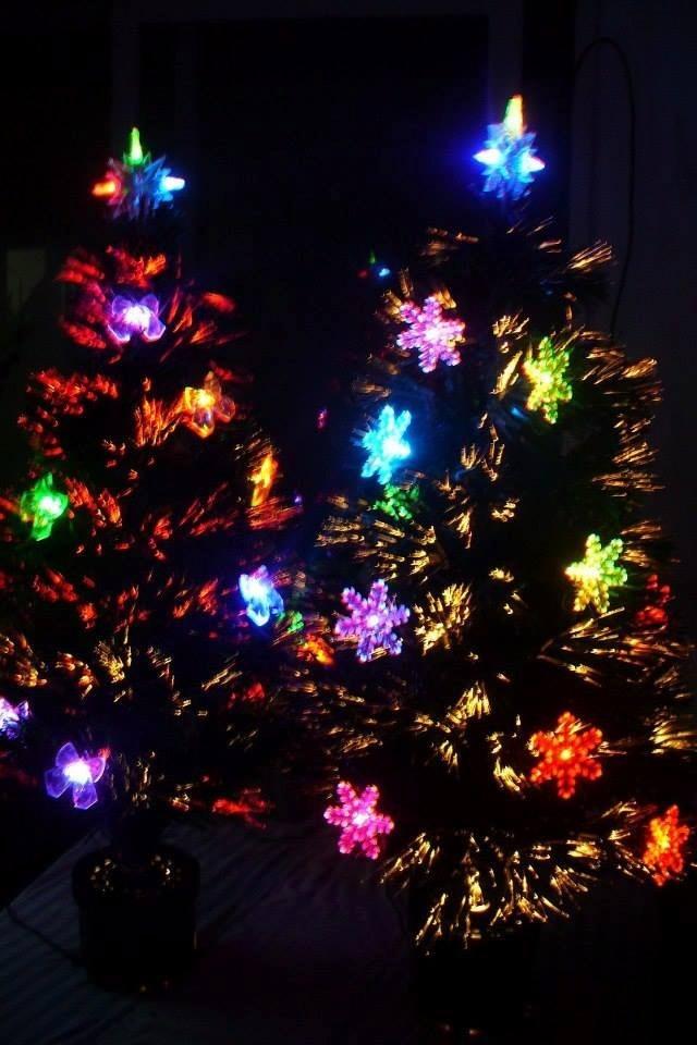 arbol de fibra optica y led con adornos super iluminado