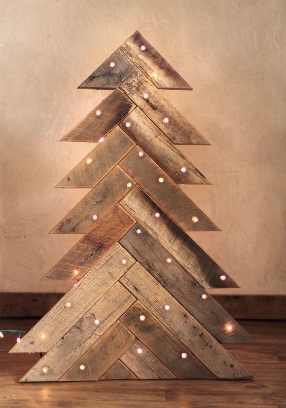 ccfa585997e arbol de navidad de madera solida rustico vintage con base. Cargando zoom.