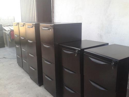 archivadores,perchas estanterías,,casilleros,muebles oficina