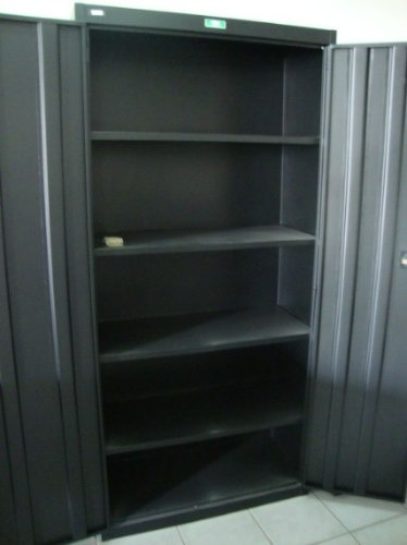En el locker al vestuario - 2 6