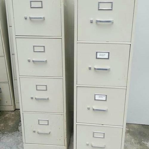 archivos y escritorios para oficinas americanos