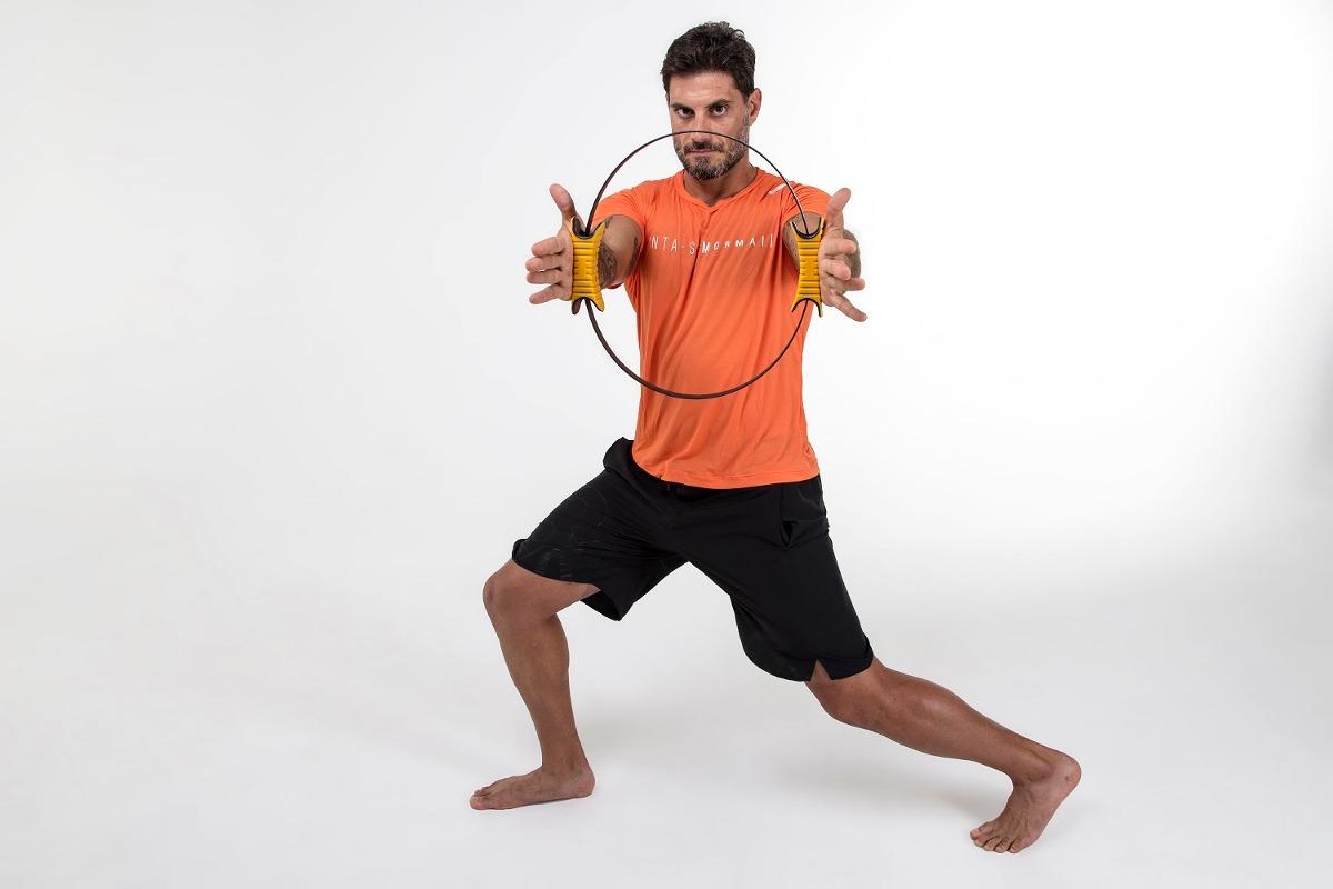Arco Anel Flexível Pilates Fitness Circle Mormaii - R  72,10 em ... d1614af46c