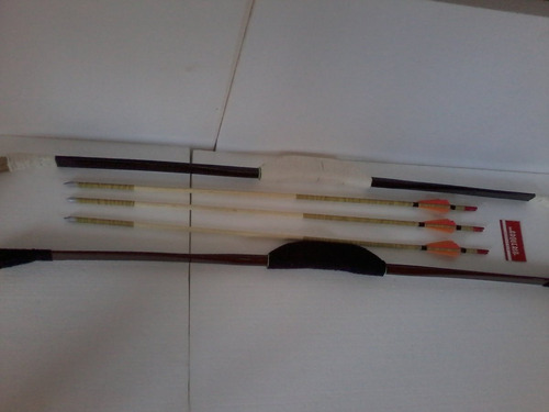 arco tradicional , com 30 e 35 libra + flechas + acessório