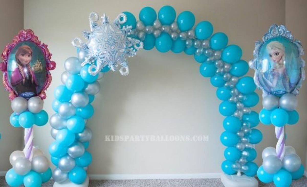 Arco y dos pilares globos 2 en mercado libre for Como hacer decoracion con globos