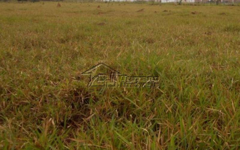 área com 254.000m² e excelente topografia na zona leste de são josé dos campos