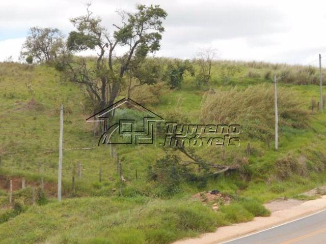 área em rodovia no estado de são paulo