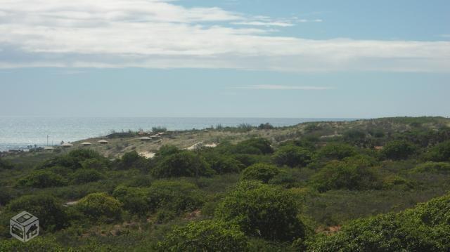 área frente ao mar na praia ponta do mel