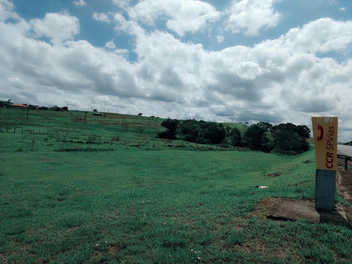 área na castelo branco/tatuí/sp/frente para a pista/total = 101.655 m2/testada = 571.899 metros/doc. 100% ok/ligue já e agende sua visita!!! - ar0208