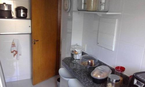 área privativa 03 quartos, 01 suíte, 02 vagas de garagem - 227