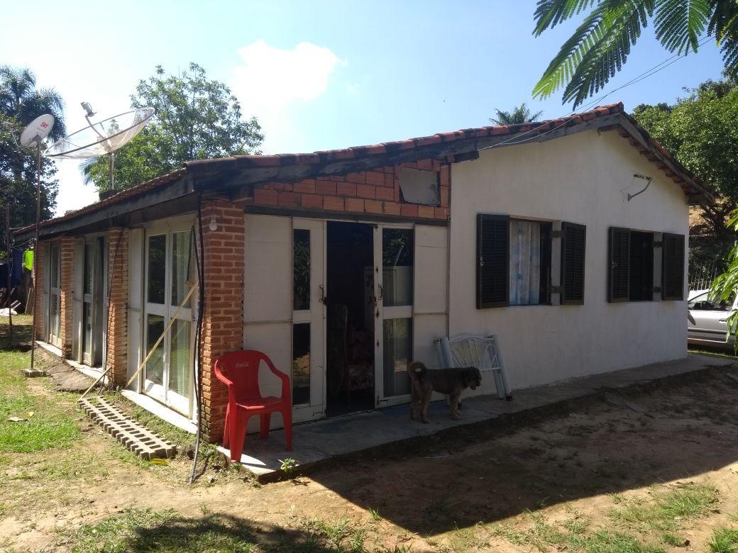 área total 2.700 m², condomínio fechado-mairinque.