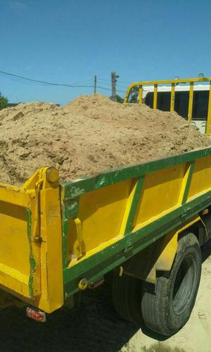 arena y pedregullo  3metros cubicos $2500 pesos